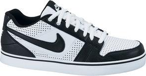 Nike Ruckus